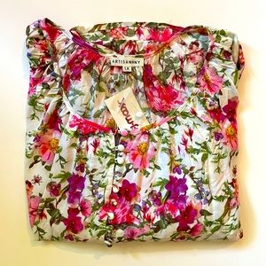 ARTISAN NY | floral blouse 1X